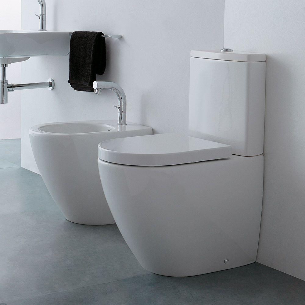 Scarico Water A Muro cover - wc monoblocco con cassetta, bidet filomuro e copri wc