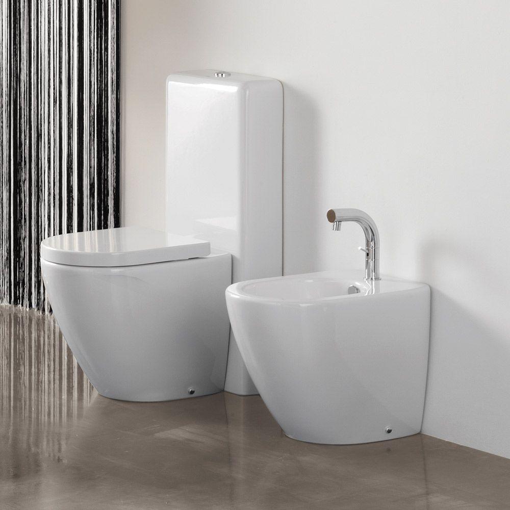 Scarico Water A Muro cover - wc filomuro con cassetta totem, bidet filomuro e copri wc